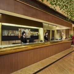 Отель Furama City Centre интерьер отеля