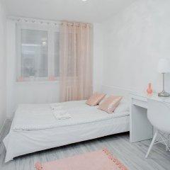Отель ShortStayPoland Jerozolimskie B13 комната для гостей фото 3