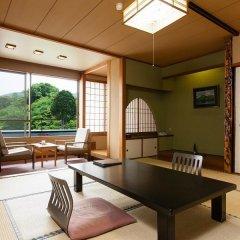 Ureshino Onsen Family Hotel Shinsenkaku Кашима комната для гостей