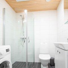 Отель Spot Apartments Espoon Keskus Финляндия, Эспоо - отзывы, цены и фото номеров - забронировать отель Spot Apartments Espoon Keskus онлайн ванная фото 3