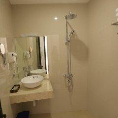 Отель Madam Moon Guesthouse Вьетнам, Ханой - отзывы, цены и фото номеров - забронировать отель Madam Moon Guesthouse онлайн ванная фото 2