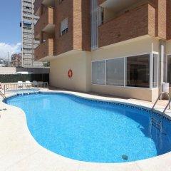 Отель Apartamentos Benimar Испания, Бенидорм - отзывы, цены и фото номеров - забронировать отель Apartamentos Benimar онлайн бассейн