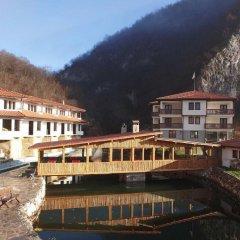 Отель Eco Complex Smilyan Чепеларе приотельная территория