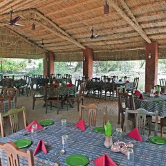 Отель WelcomHeritage Maharani Bagh Orchard Retreat питание фото 3