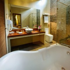 Отель Royal Palms Beach Hotel Шри-Ланка, Калутара - отзывы, цены и фото номеров - забронировать отель Royal Palms Beach Hotel онлайн ванная