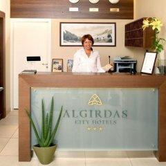 Отель City Hotels Algirdas Литва, Вильнюс - 6 отзывов об отеле, цены и фото номеров - забронировать отель City Hotels Algirdas онлайн интерьер отеля фото 3