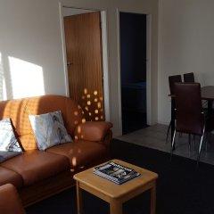 Отель Kowhai & Colonial Motel комната для гостей
