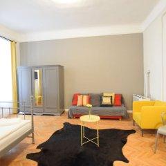 Отель Standard Apartment by Hi5 - Chainbridge Венгрия, Будапешт - отзывы, цены и фото номеров - забронировать отель Standard Apartment by Hi5 - Chainbridge онлайн комната для гостей фото 3