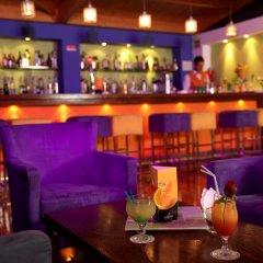 Отель Yellow Alvor Garden - All Inclusive гостиничный бар
