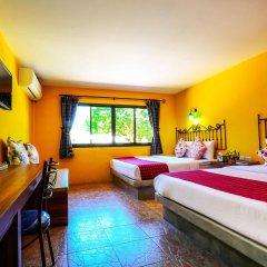 Отель The Castello Resort сейф в номере