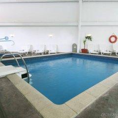 Отель Fiesta Inn Periferico Sur Мехико бассейн