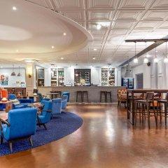 Отель Novotel London Stansted Airport гостиничный бар
