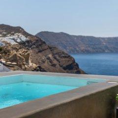Отель 3 Caves Villa by Caldera Houses Греция, Остров Санторини - отзывы, цены и фото номеров - забронировать отель 3 Caves Villa by Caldera Houses онлайн бассейн фото 3