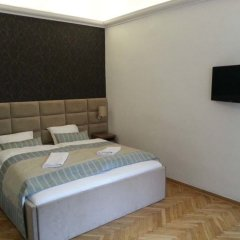 Отель Hostel Chmielna 5 Rooms & Apartments Польша, Варшава - отзывы, цены и фото номеров - забронировать отель Hostel Chmielna 5 Rooms & Apartments онлайн комната для гостей фото 5