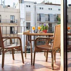 Отель MH Apartments Liceo Испания, Барселона - отзывы, цены и фото номеров - забронировать отель MH Apartments Liceo онлайн балкон