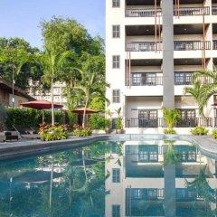 Отель Golden Tulip Essential Pattaya бассейн фото 2