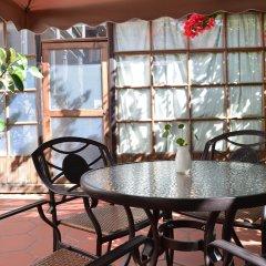 Отель Little White House Xiamen Gulangyu Китай, Сямынь - отзывы, цены и фото номеров - забронировать отель Little White House Xiamen Gulangyu онлайн питание