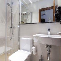 Отель Hostal Castilla I Испания, Мадрид - отзывы, цены и фото номеров - забронировать отель Hostal Castilla I онлайн ванная