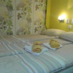 Отель Hostel Kutak Сербия, Нови Сад - отзывы, цены и фото номеров - забронировать отель Hostel Kutak онлайн комната для гостей