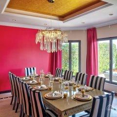 Отель Dream Inn Dubai - Royal Palm Beach Villa ОАЭ, Дубай - отзывы, цены и фото номеров - забронировать отель Dream Inn Dubai - Royal Palm Beach Villa онлайн питание фото 2