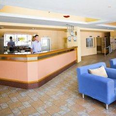 Отель Oasis Балчик гостиничный бар