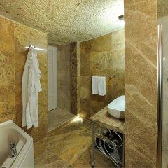 Tafoni Houses Cave Hotel Невшехир ванная