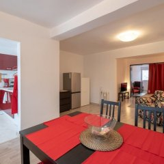 Апартаменты FM Deluxe 1-BDR Apartment with balcony - LZ София комната для гостей фото 2