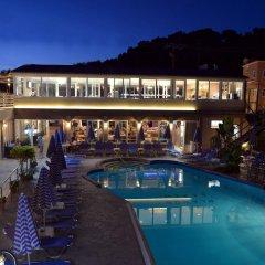 Отель Planos Beach бассейн