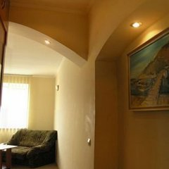 Гостиница Sevastopol Apartments в Севастополе отзывы, цены и фото номеров - забронировать гостиницу Sevastopol Apartments онлайн Севастополь комната для гостей фото 2