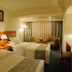 Отель Рамада Ташкент Узбекистан, Ташкент - отзывы, цены и фото номеров - забронировать отель Рамада Ташкент онлайн комната для гостей фото 5
