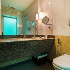 Отель Fab Hotel Prime Shervani Индия, Нью-Дели - отзывы, цены и фото номеров - забронировать отель Fab Hotel Prime Shervani онлайн ванная