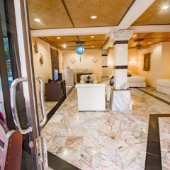 Отель Laguna Beach Club Ланта интерьер отеля
