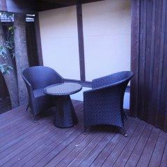 Отель Ryokan Wakaba Япония, Минамиогуни - отзывы, цены и фото номеров - забронировать отель Ryokan Wakaba онлайн балкон