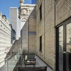 Отель AKA Central Park балкон