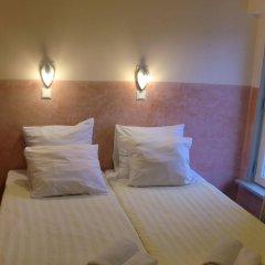 Отель Budget Hotel Neutraal Нидерланды, Амстердам - 3 отзыва об отеле, цены и фото номеров - забронировать отель Budget Hotel Neutraal онлайн комната для гостей фото 3