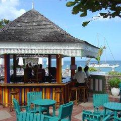 Shaw Park Beach Hotel гостиничный бар