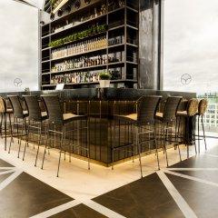 Отель Vp Plaza Espana Design Мадрид гостиничный бар