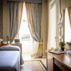 Отель Emmaus удобства в номере