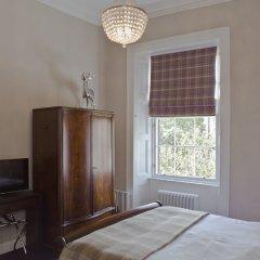Отель The Edinburgh Castle Suite Эдинбург комната для гостей фото 5