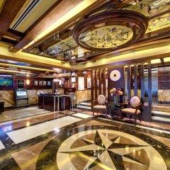 Отель Tulip Inn Sharjah ОАЭ, Шарджа - 9 отзывов об отеле, цены и фото номеров - забронировать отель Tulip Inn Sharjah онлайн интерьер отеля фото 3