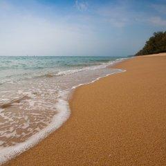Отель SALA Phuket Mai Khao Beach Resort пляж