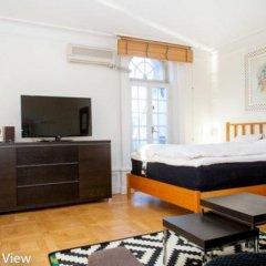 Отель ApartDirect Skeppsbron Стокгольм комната для гостей фото 2