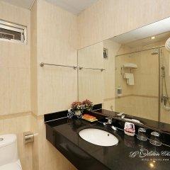 Отель Hanoi Golden Charm Hotel Вьетнам, Ханой - отзывы, цены и фото номеров - забронировать отель Hanoi Golden Charm Hotel онлайн ванная фото 2