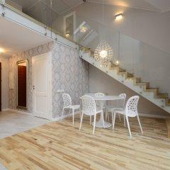 Апартаменты Dom & House - Apartments Waterlane комната для гостей фото 2
