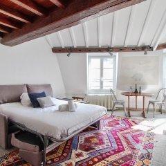 Апартаменты Elegant Studio - Mezzanine - St Germain des Pres Париж фото 8
