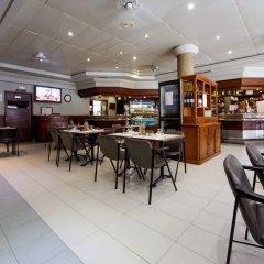 Отель Apartamentos Carlos V гостиничный бар