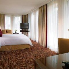 Отель Berlin Marriott Hotel Германия, Берлин - 3 отзыва об отеле, цены и фото номеров - забронировать отель Berlin Marriott Hotel онлайн удобства в номере