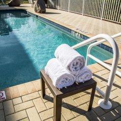 Отель Comfort Suites Sarasota - Siesta Key бассейн фото 2