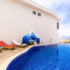 Villa Excellence Турция, Калкан - отзывы, цены и фото номеров - забронировать отель Villa Excellence онлайн бассейн фото 3