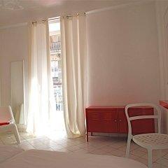 Nice Art Hotel - Hostel комната для гостей